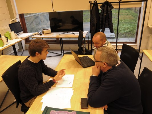 Projectoverleg met middelbare school (TSO)